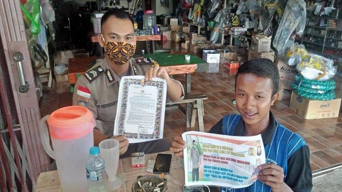 Polsek Entikong Pasang Imbauan Kapolres Sanggau dalam Antisipasi Penyebaran Virus Corona