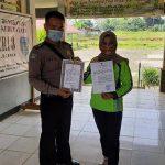 Bhabinkamtibmas Sosialisasi Maklumat Kapolri Pada Guru SMP 3 Sanggau Ledo