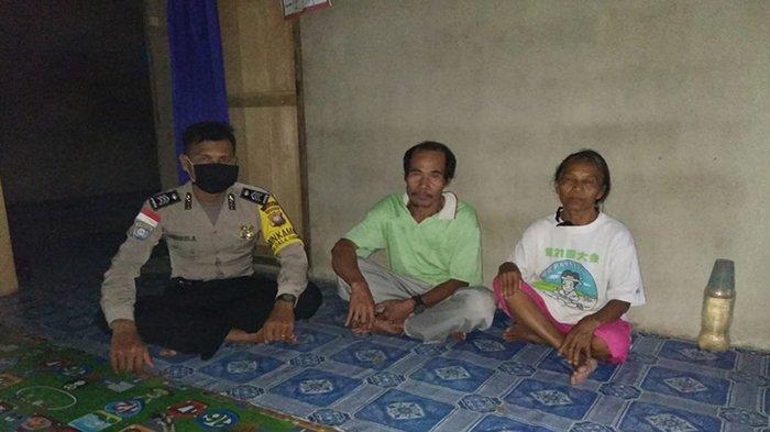 DDS di Rumah Warganya, Bhabinkamtibmas Polsek Entikong Sampaikan Pesan Kamtibmas