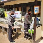 Cuci Tangan Wajib Dilakukan Sebelum Masuk Mako Polsek Sanggau Ledo