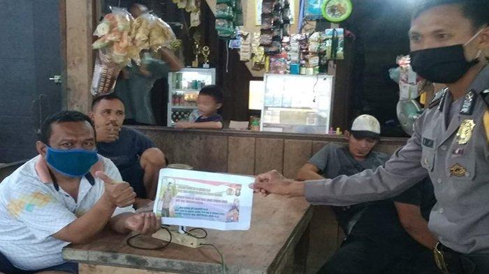 Lewat Giat Sambang, Bripka Muh Tholkah Sosialisasi Maklumat Kapolri dan Imbauan Kapolres Sanggau