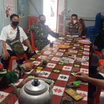 Sambangi Desa Binaan, Bhabinkamtibmas Sosialisasikan New Normal Life