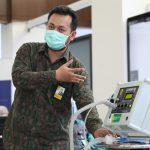 Ketua Gugus Tugas Menerima Bantuan Ventilator COVENT-20 Penanganan Pasien COVID-19 - Berita Terkini