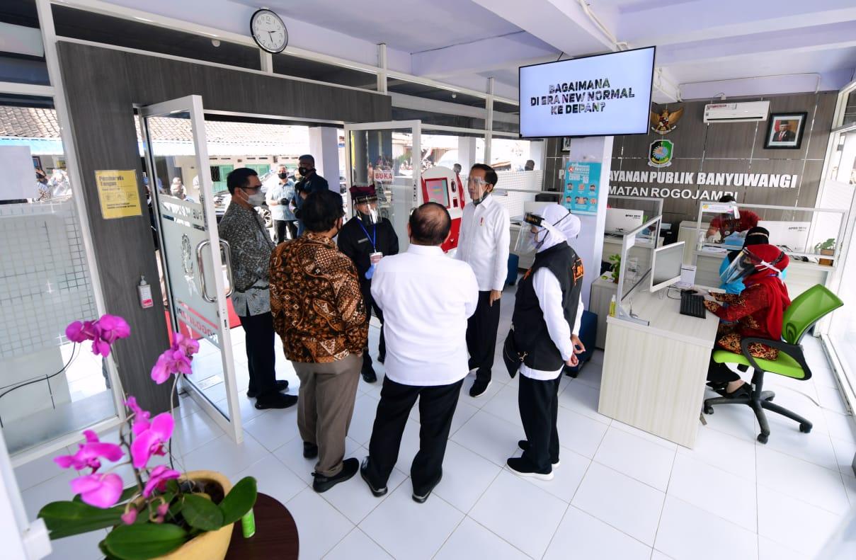 Presiden Jokowi Tinjau Pasar Pelayanan Publik di Banyuwangi - Berita Terkini