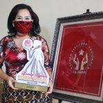 Mantap...! Batik Samer Sanggau Raih Penghargaan Lomba Desain Busana Muslim Dekranasda Kalbar