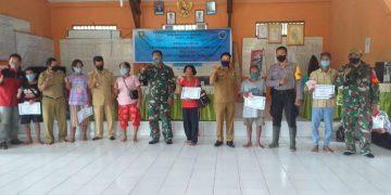 Penyaluran BLT DD Tahap I bagi 268 KK Penerima Manfaat Desa Idas Kec. Noyan
