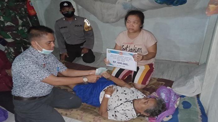 106 Warga Desa Binjai Kecamatan Tayan Hulu Terima BLT Dana Desa