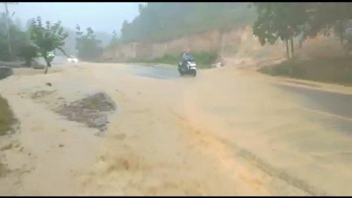 Masih Banjir, DBM SDA Sanggau Usulkan Pelebaran Drainase Semboja 1,5 Meter