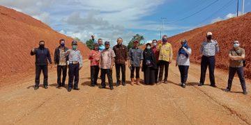 Peninjauan Lapangan Lokasi Rencana Pengalihan Ruas Jalan Tayan- Meliau PT.Bintang Tayan Mineral di Kec.Tayan Hilir