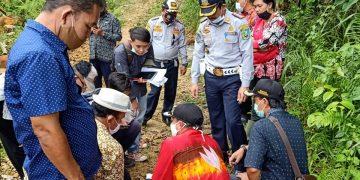 Peninjauan Lapangan Rencana Pertambangan  Batuan Granit CV.Kiat Sukses Andalan Perkasa di Desa Pandan  Sembuat, Kec.Tayan Hulu