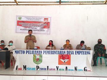 Penyaluran Bantuan Langsung Tunai Dana Desa (BLT DD) Desa Empiyang Kec. Jangkang