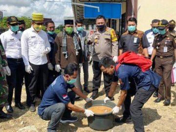 Polres Sanggau Musnahkan 4,89 Kilo Sabu dari Empat Tersangka Kasus Narkoba