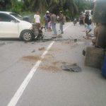 Dua Mobil Tabrakan di Jalan Sosok Sanggau, Sejumlah Penumpang Alami Luka-Luka