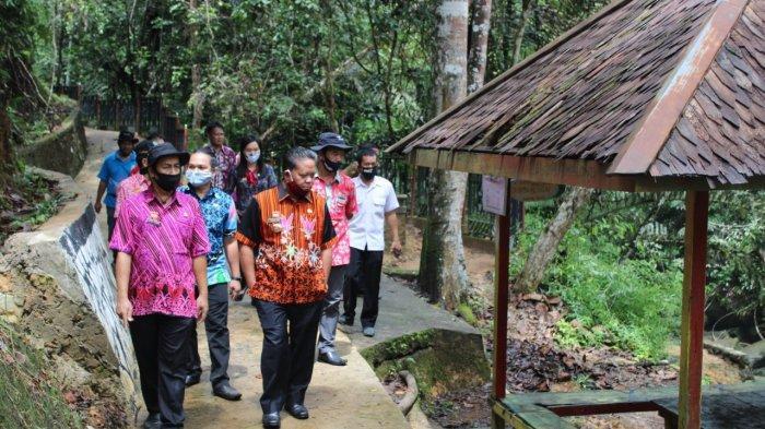 Sanggau Masuk Zona Oranye, Bupati Sanggau Perpanjang Penutupan Objek Wisata Pancur Aji