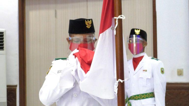 Pengukuhan Paskibra HUT ke-75 RI Tingkat Kabupaten Sanggau