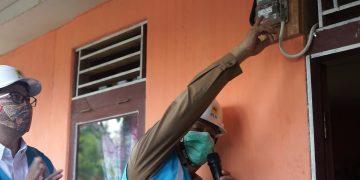 Desa Cuet Menjadi Pusat Penyalaan Listrik Perdana dari 40 Desa di Kalimantan Barat