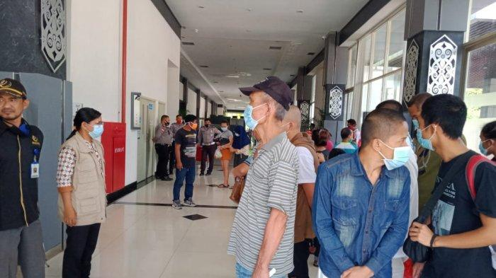 Puluhan WNI Kembali Dideportasi Pemerintah Malaysia Melalui Entikong Sanggau, Kalbar