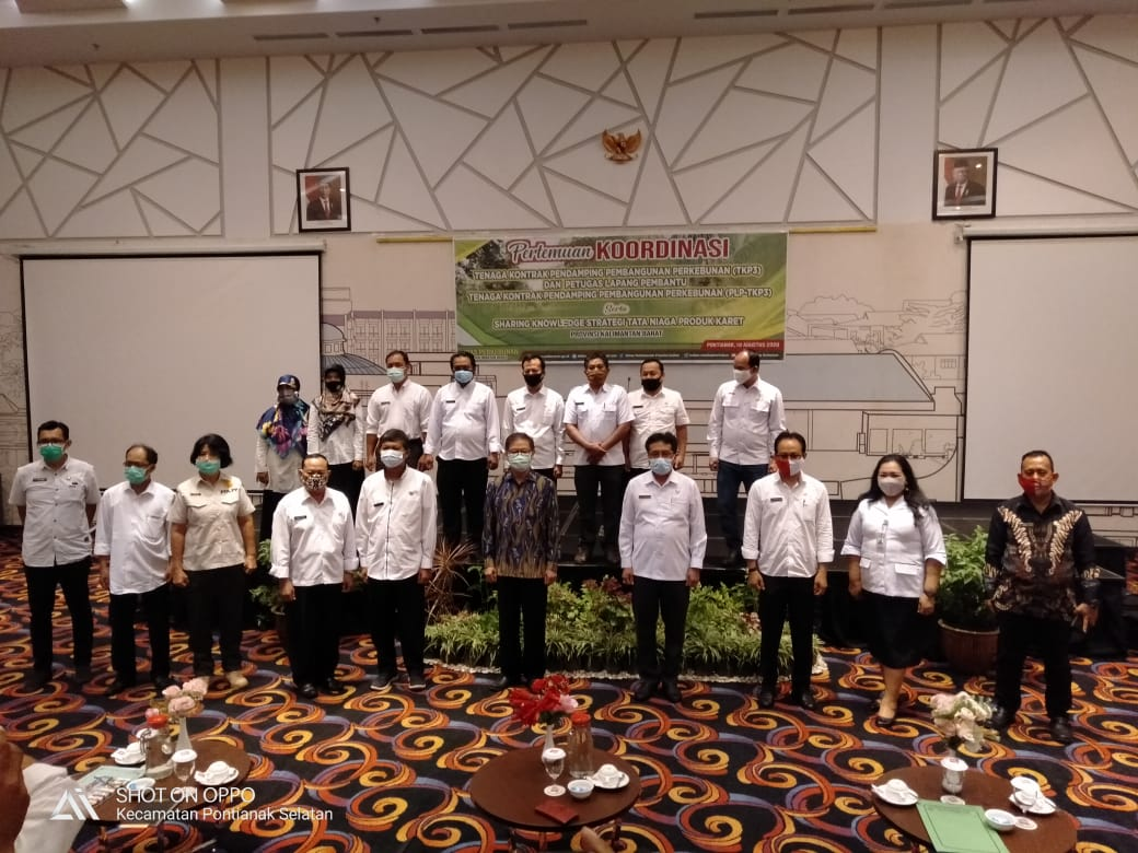 Disbunnak Kab. Sanggau Komitmen Mendukung Pelaksanaan Strategi Tata Niaga Produk Karet