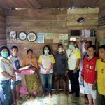 DPC ISKA Sanggau Serahkan Bantuan pada Melti, Warga Kurang Mampu Alami Kelumpuhan