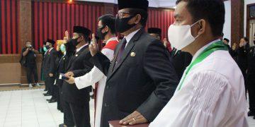 Bupati Sanggau Lantik Pejabat Pimpinan Tinggi Pratama, Administrator, Pengawas Dan Pejabat Fungsional Di Lingkungan Pemkab Sanggau