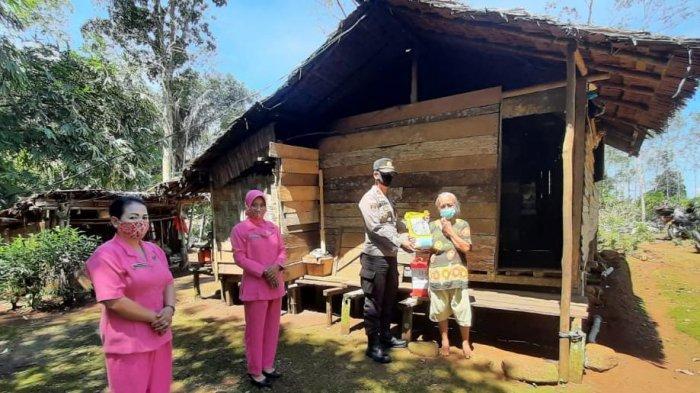 Kapolsek Sanggau Ledo dan Bhayangkari Lakukan Baksos Peringati HKGB ke-68