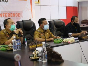 Bupati Sanggau Pimpin Rakor Persiapan Proses Belajar Mengajar Tatap Muka Di Kabupaten Sanggau