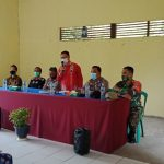 Dinsosp3akb Kab. Sanggau Gelar Penyerahan Buku Tabungan Bantuan Sosial kepada 98 Orang Lansia di Desa Jangkang
