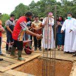 Peletakan Batu Pertama Bangunan Baru Gereja Santo Paulus Rasul Kec. Mukok