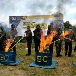 VIDEO: Kanwil DJBC Kalbar dan Bea Cukai Entikong Musnahkan BMN Senilai Rp 2,2 Miliar Lebih