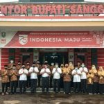 Bupati Paolus Hadi Lepas Kafilah MTQ Kabupaten Sanggau