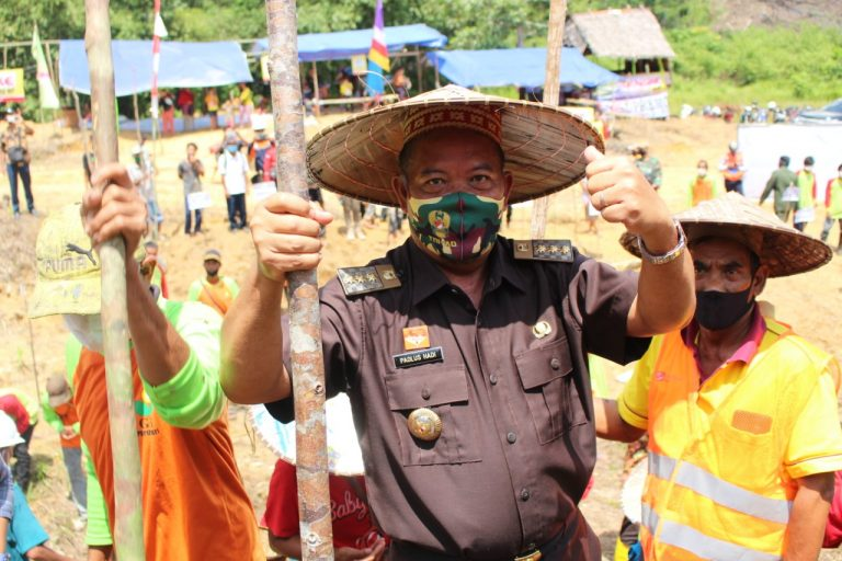 Bupati Sanggau Mengajak Kepada Masyarakat Sanggau Untuk Dapat Kembangkan Teknologi Pembukaan Lahan Tanpa Bakar