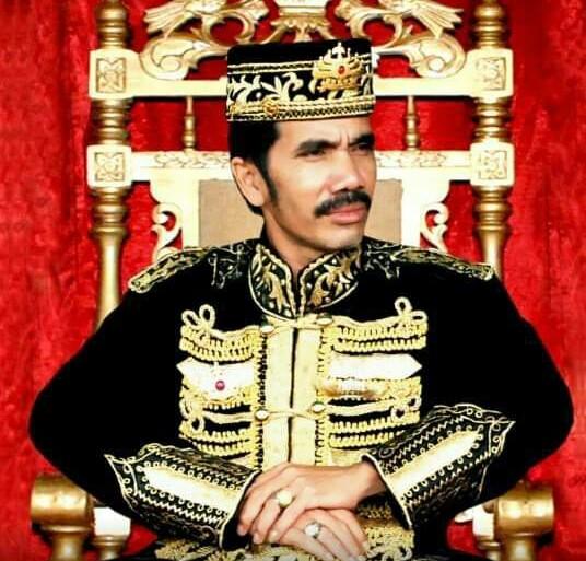Raja Sanggau Minta Pemerintah Batalkan UU Cipta Kerja