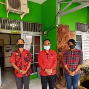 Kunjungan Kerja Anggota DPR RI Komisi I, Krisantus Kurniawan, Dalam Rangka Penyerahan Bantuan Bidang Pertanian