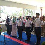 Pengambilan Sumpah dan Janji Perangkat Desa Persiapan Sungai Kenaik Kecamatan Tayan Hilir