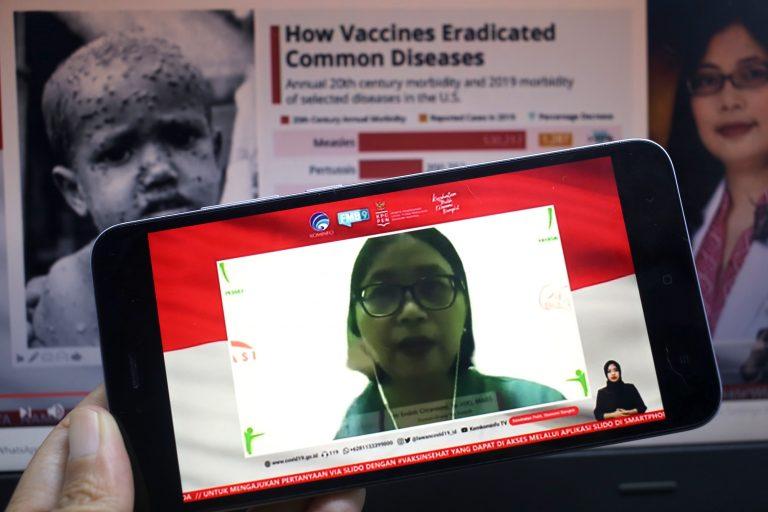 dr. Endah Citraresmi, Sp.A (K), MARS (Yayasan Orang Tua Peduli) memberikan pemaparan mengenai Imunisasi Aktif: mewujudkan kualitas hidup yang lebih baik di Jakarta, Selasa, 24 November 2020.