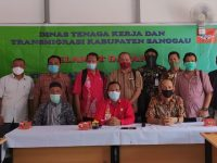 Nakertrans Selenggarakan Rapat Koordinasi LKS Tripartit Kabupaten Sanggau Tahun 2020