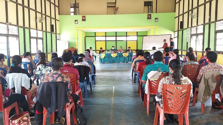 Pelatihan E- HDW Cluster IV di Kecamatan Tayan Hilir