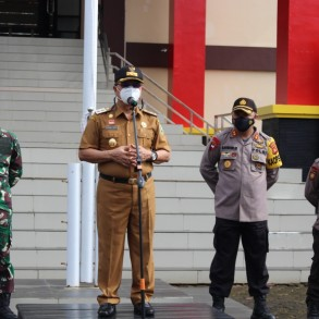 Wabup Sanggau Pimpin Apel Operasi Lilin Kapuas Tahun 2020 Di Mapolres Sanggau