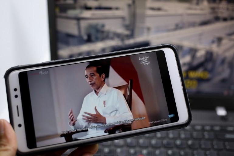 Presiden Joko Widodo saat memberikan keterangan menyambut kedatangan Vaksin 6 Desember 2020, dalam  tayangan informatif KPCPEN bertema Indonesia Gotong Royong Siapkan Vaksin COVID-19. DOK. KPCPEN