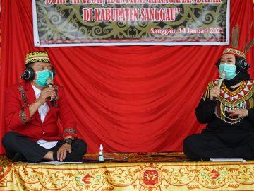 Wabup Sanggau Mengisi Kegiatan Obrolan Budaya Bersama RRI Entikong dan SP Sanggau
