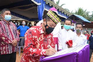 Pesan Wakil Bupati Sanggau,Agar Gereja Yang Telah di Resmikan Agar Dapat Menjadikan Tempay Iman Umat Bertumbuh