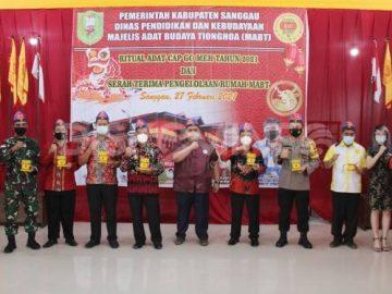 Serah Terima Pengelolaan Rumah Adat Tionghoa Kabupaten Sanggau, Ini Pesan Bupati Sanggau