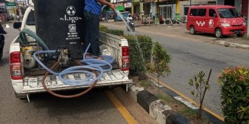 Musim Kemarau Dinas LH lakukan penyiraman tanaman – Dinas Lingkungan Hidup