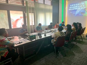 Rapat Evaluasi Kegiatan Tahun 2020 dan Persiapan Kegiatan Tahun Anggaran 2021 di Lingkup Dinas Perkebunan dan Peternakan Kabupaten Sanggau