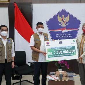 Adaro Serahkan Bantuan Senilai Rp 2,75 Miliar untuk Operasional Ambulans Satgas COVID-19 - Berita Terkini