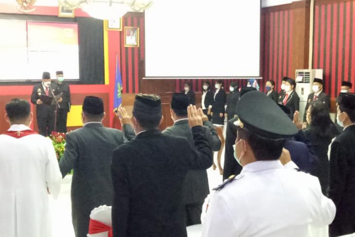 Saat lantik 352 pejabat, Bupati Sanggau ingatkan ini kepada  ASN