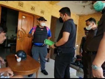 Pelarian Mantan Kepala BPN Sanggau Kandas Ditangan Tim Tabur, Ditangkap di Cibinong