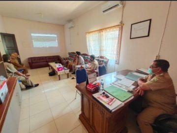 Diskominfo Sanggau Sosialisasikan dan Serah Terima Website PPID Kecamatan Tayan Hilir