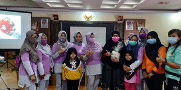 Unit Pelaksana DWP Bappeda Bekerjasama dengan Puskesmas Kapuas Menyelenggarakan Kegiatan Posbindu di Lingkungan Bappeda Kabupaten Sanggau