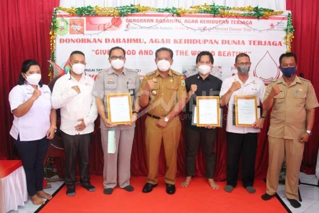 """Hari Donor Darah Sedunia ke-21, Bupati Sanggau: """"Gunakan Daramu Untuk Berdompu"""""""